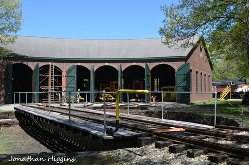 6 bay Columbia Junction Roundhouse and 60-foot Armstrong Turntable
