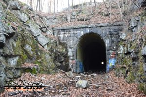 Exploring Clinton (MA) Railroad Tunnel